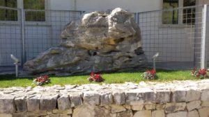 Monumento alla memoria di Pino e Amilcare Mattei